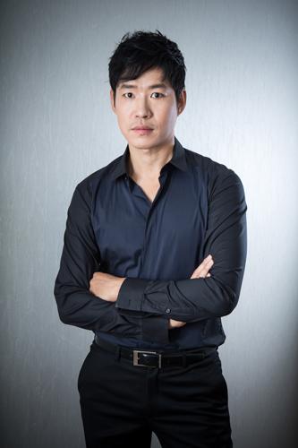 Yoo JunSang1