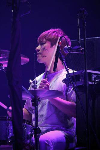 チェ・ミンファン Drums