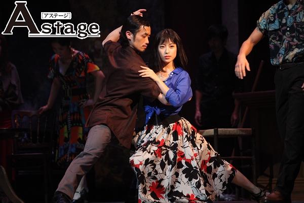 見どころのひとつは、ダンスシーン。森田剛が瀧本美織と、原田美恵子と時間と空間を超えて踊る