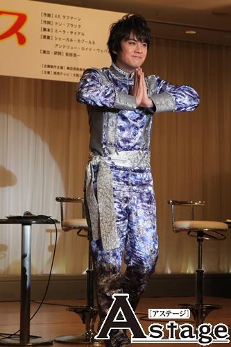 「コブシをきかせて演歌にならないよう注意しなきゃ」と浦井健治