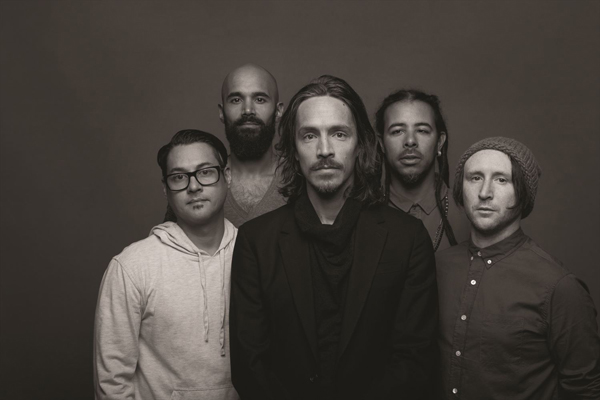 Incubus-official-photo_R