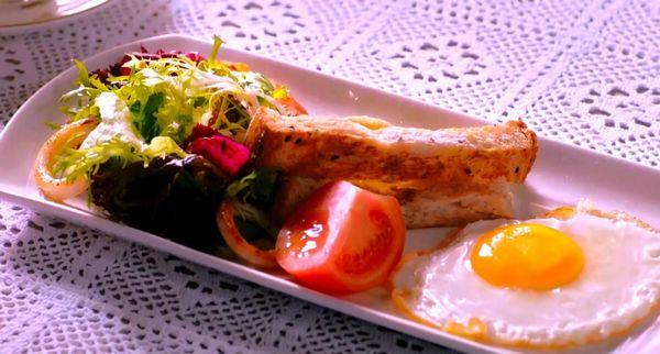 インジュンの朝食