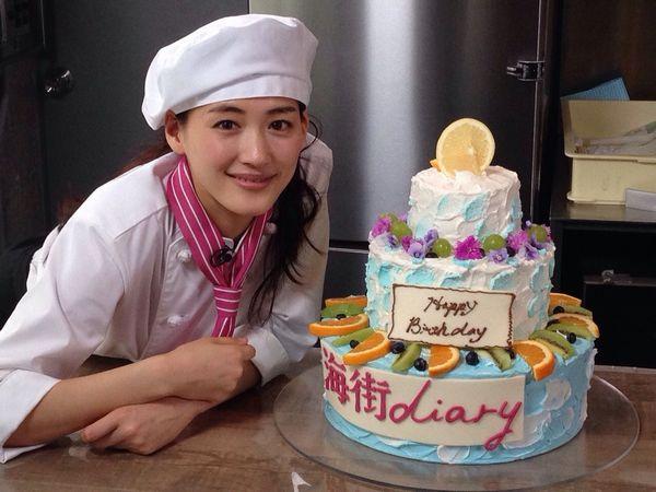 綾瀬さんケーキメイキング1