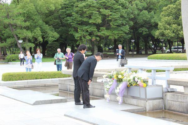 広島・平和記念公園献花_サブ