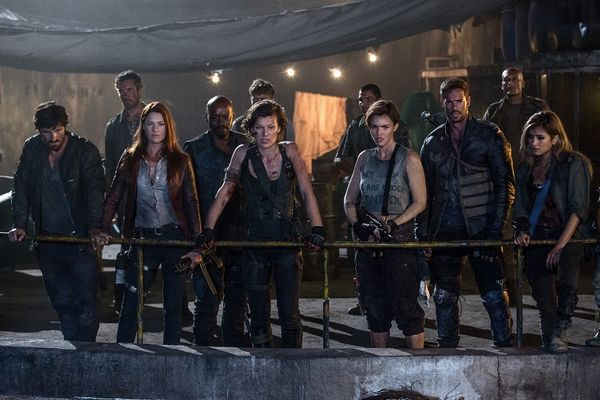 (l to r) Eoin Macken, Ali Larter, Fraser James, Milla Jovovich; Ruby Rose;, William Levy and Rola in Screen Gems' RESIDENT EVIL: THE FINAL CHAPTER.