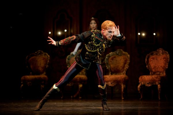 Mayerling.-Steven-McRae-as-Prince-Rudolf.--(c)-ROH,-2017.-Photographed-by-Alice-Pennefather