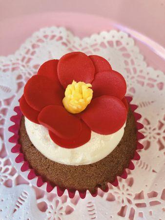 ベラズカップケーキ-椿
