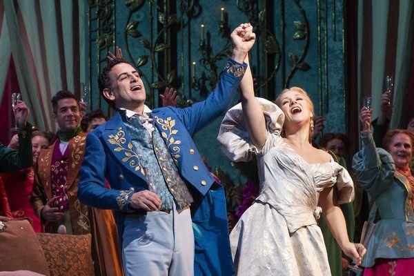 椿姫_13_トリミング(c)Marty Sohl/Metropolitan Opera
