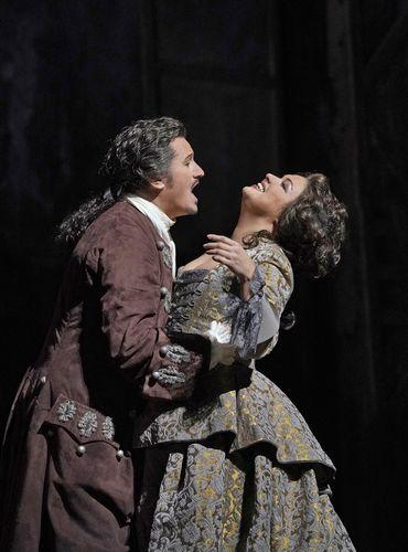 アドリアーナ・ルクヴルール_18(c)Ken Howard/Metropolitan Opera