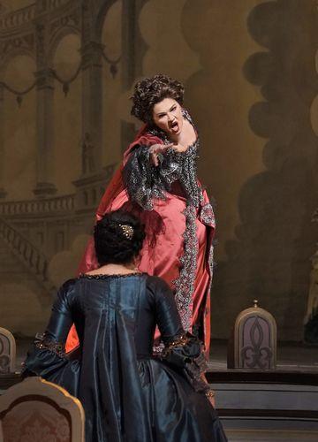 アドリアーナ・ルクヴルール_24(c)Ken Howard/Metropolitan Opera