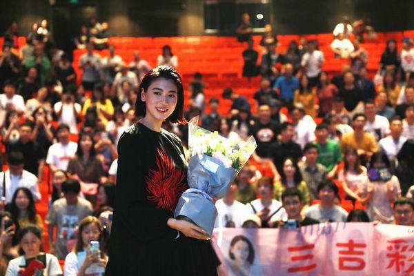 <即時解禁>『ダンスウィズミー』上海国際映画祭_舞台挨拶三吉さんソロs