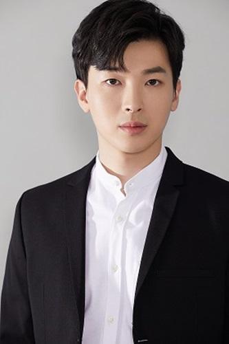 Park Kang Hyun (1)small-002si