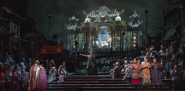 ★トゥーランドット_10(c)Marty Sohl/Metropolitan Opera
