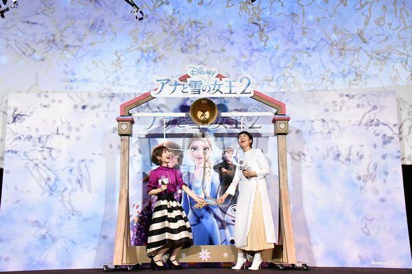 『アナと雪の女王2』大ヒット記念イベントサブ2_左から神田_松
