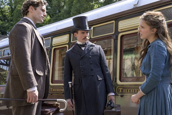 Netflix映画『エノーラ・ホームズの事件簿!Y_lLL_L___2