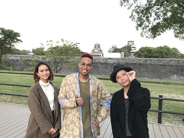 ★さるこうよメイン写真 熊本城前3人ショット