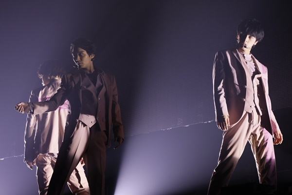 Dress Up_太田、松岡、新原